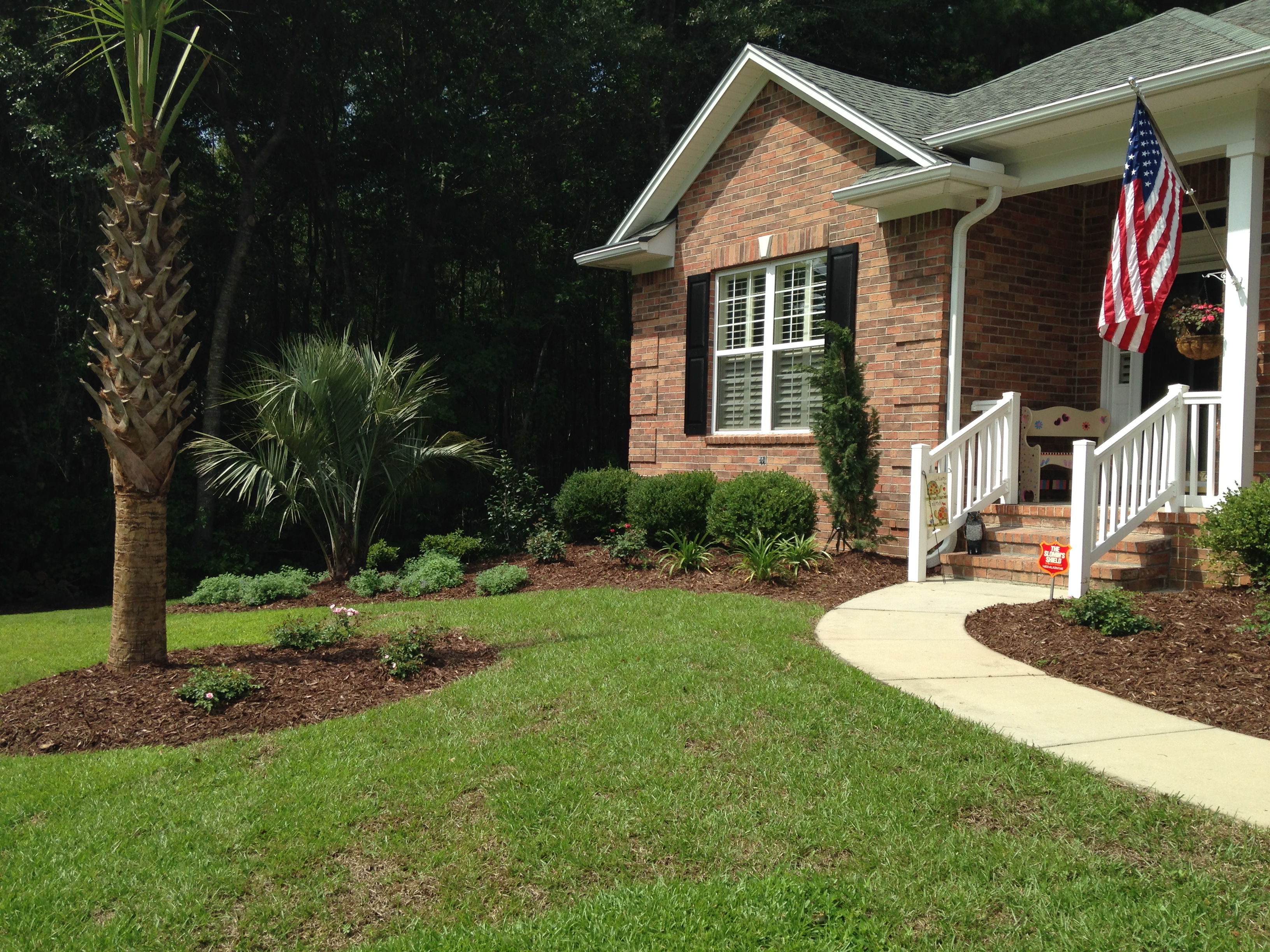 Landscaping Around Home Foundation : Beautiful landscaping for the myrtle beach and murrells inlet area